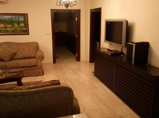Hotel photos: فيلا مفروشة فاخرة جدا للإيجار في عمان . دابوق