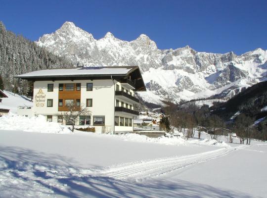 ホテルの写真: Hotel Bergglück