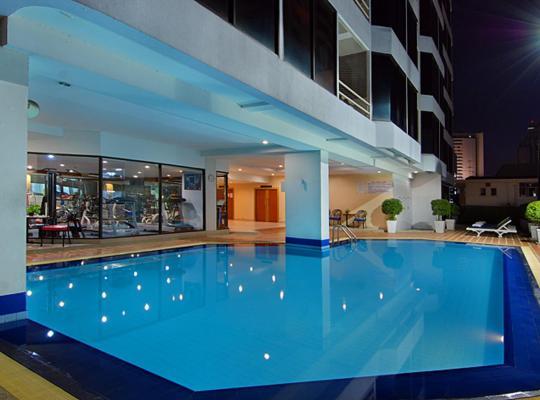Otel fotoğrafları: Tai Pan Hotel