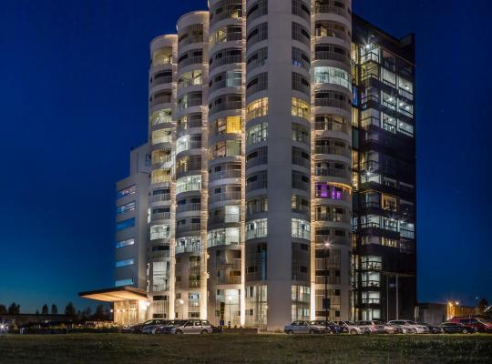 Hotel Valokuvat: Lovely loft apartment close to the sea