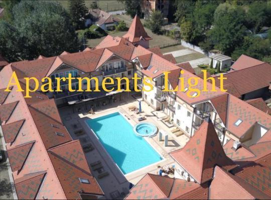 Фотографії готелю: Apartments Light