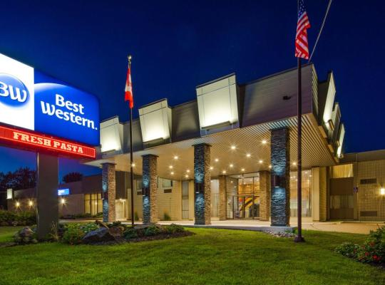 Хотел снимки: Best Western North Bay Hotel & Conference Centre