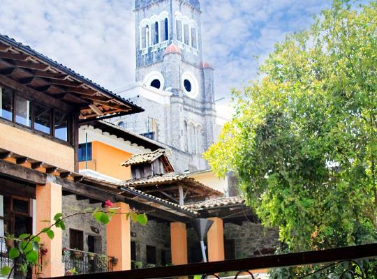 Képek: Hotel La Casa de Piedra
