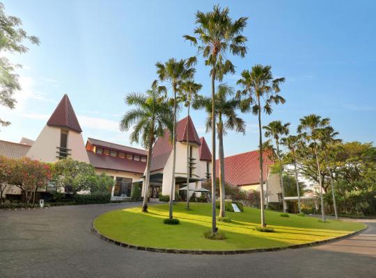 Fotos do Hotel: Novotel Surabaya Hotel