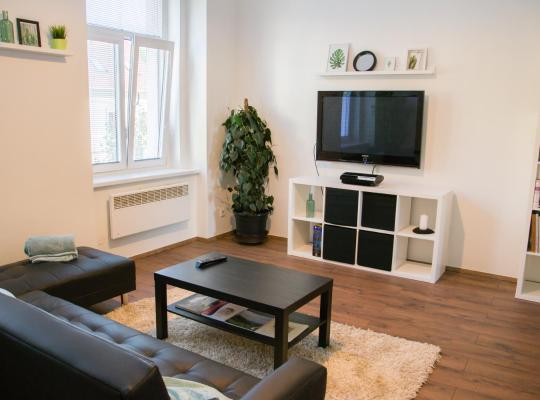 Hotelfotos: Sunny Airconditioned Apartment in the Centre