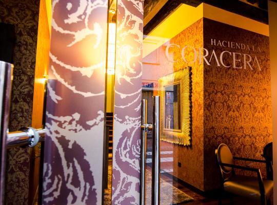Hotel fotografií: Hacienda la Coracera