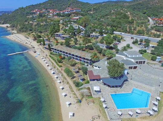 Фотографии гостиницы: Xenia Ouranoupolis