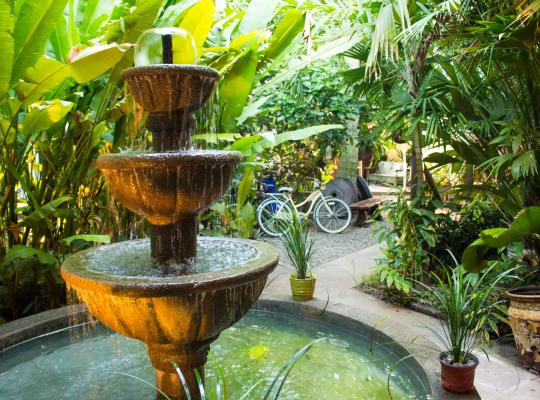 Képek: Hotel Villa Sarela