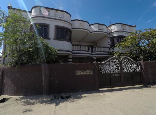 Фотографії готелю: Pe're Aristo Guesthouse