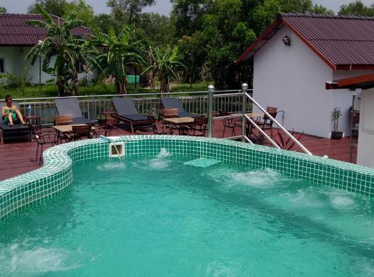 Otel fotoğrafları: Bohemiaz Resort and Spa Kampot.