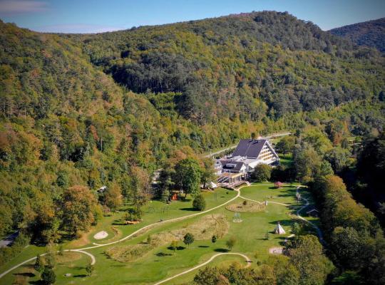 ホテルの写真: Hotel Krainerhütte