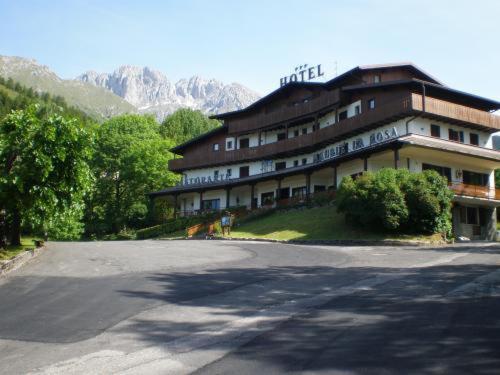Foto dell'hotel: Hotel Residence La Rosa