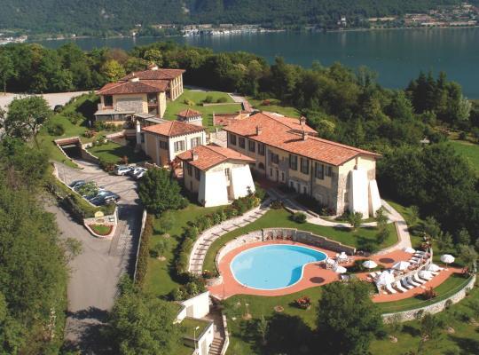 Φωτογραφίες του ξενοδοχείου: Romantik Hotel Relais Mirabella Iseo