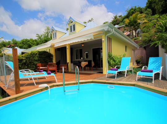 Fotos de Hotel: Villa avec belle vue mer (MQTI18)