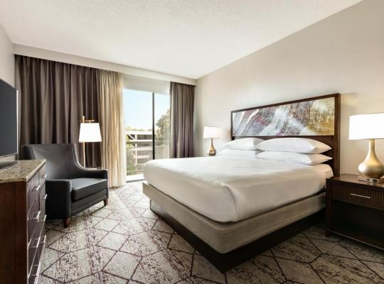 Фотографии гостиницы: DoubleTree by Hilton Atlanta Northeast/Northlake