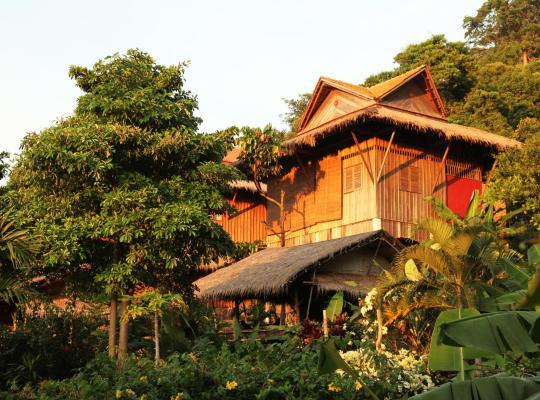 ホテルの写真: Le Bout du Monde - Khmer Lodge