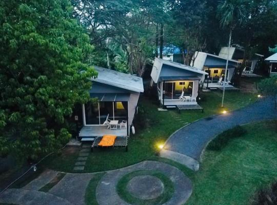 Hotel photos: Baan Koh Mak