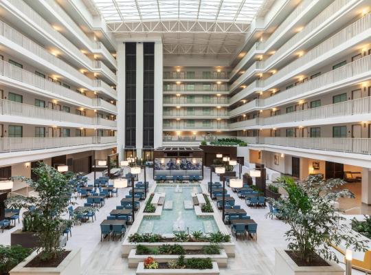 Hotel bilder: Embassy Suites by Hilton Brea - North Orange County