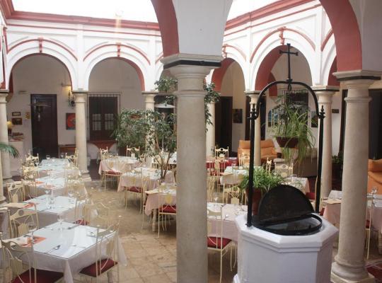 Хотел снимки: Marqués de Torresoto