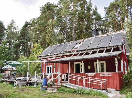Hotel photos: Four-Bedroom Holiday Home in Kumla