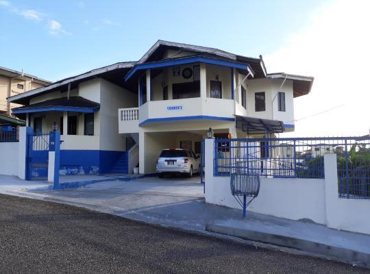Hotel photos: Yahweh's Visitors Palace