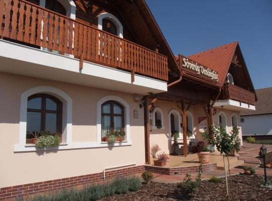 호텔 사진: Sóvirág Vendégház