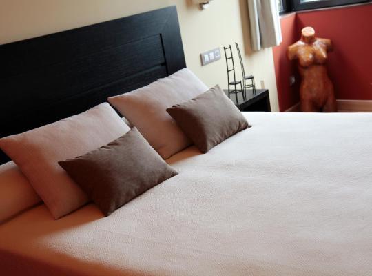 Φωτογραφίες του ξενοδοχείου: Hotel Araz