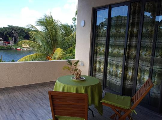Foto dell'hotel: Riverside Holiday Home