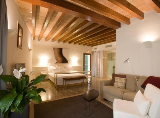 Foto dell'hotel: Petit Palace Hotel Tres