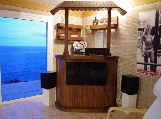 Фотографии гостиницы: Villa Grande & sea pool