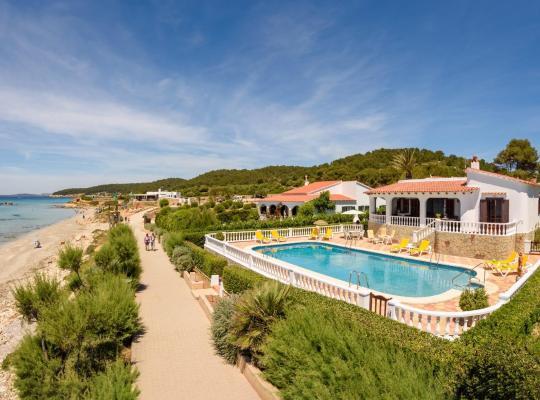 Hotel foto: Santo Tomas Villa Sleeps 9 Pool WiFi