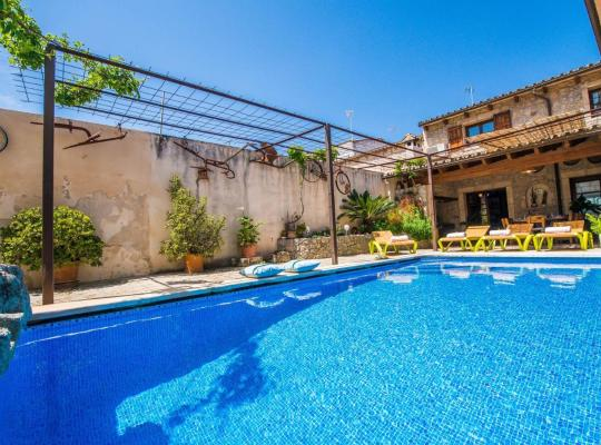 Хотел снимки: sa Pobla Villa Sleeps 8 Pool Air Con WiFi