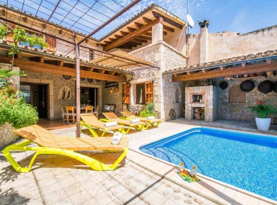 Хотел снимки: sa Pobla Villa Sleeps 12 Pool Air Con WiFi