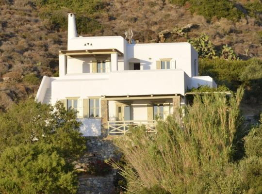 """תמונות מלון: Amorgos - The Olive Garden """"Lefkes"""""""