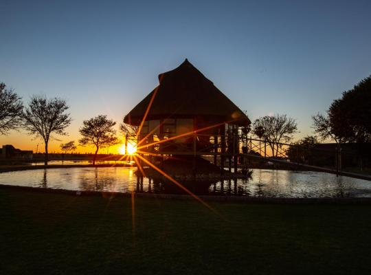 Fotografii: Lapa Lange Game Lodge
