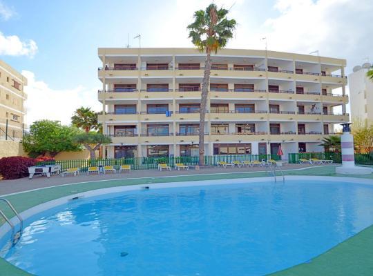 Hotel Valokuvat: Apartamentos Los Juncos I