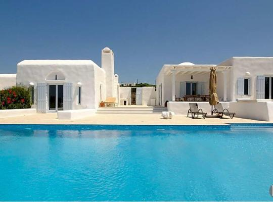 Hotelfotos: Alyki Villa Sleeps 10 Pool Air Con