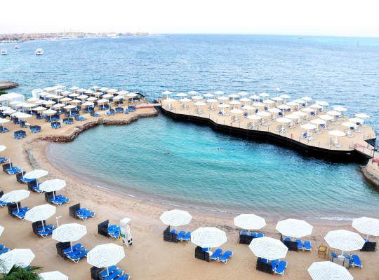 ホテルの写真: Sunrise Holidays Resort (Adults Only)