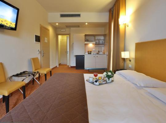 תמונות מלון: Regal Residence