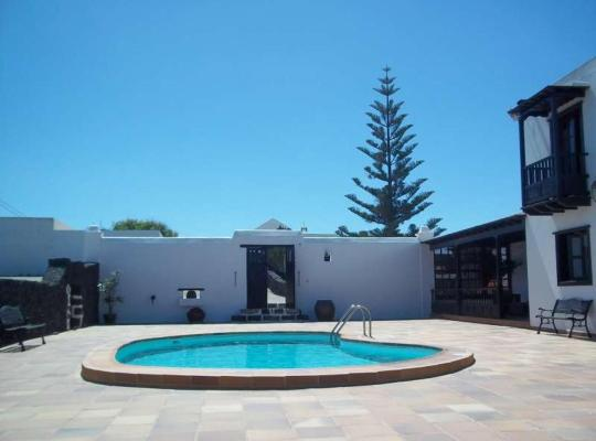Hotel photos: El Islote Apartment Sleeps 6 Pool WiFi