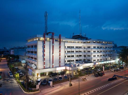 Фотографии гостиницы: Garuda Plaza Hotel