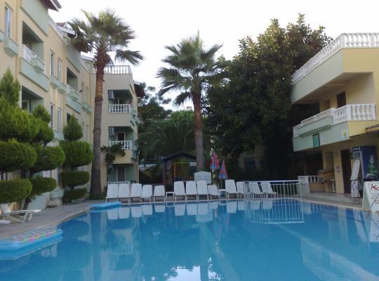 รูปภาพจากโรงแรม: Club Sunset Apartments