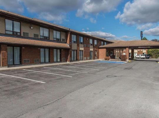 תמונות מלון: Comfort Inn Highway 401