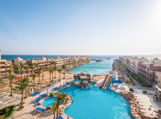 ホテルの写真: Sunny Days El Palacio Resort & Spa