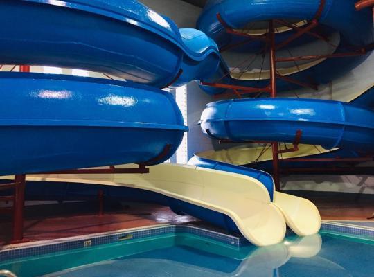 รูปภาพจากโรงแรม: Travelodge by Wyndham Lloydminster