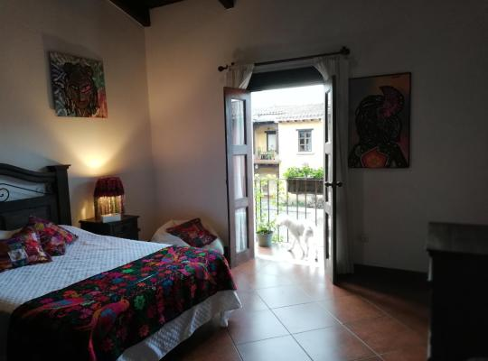 Hotel bilder: CASA DEL HADA High Quality Family Homestay