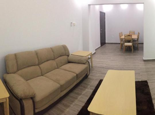 Фотографії готелю: AL Ezz building only 5 minutes from Muscat International Airport