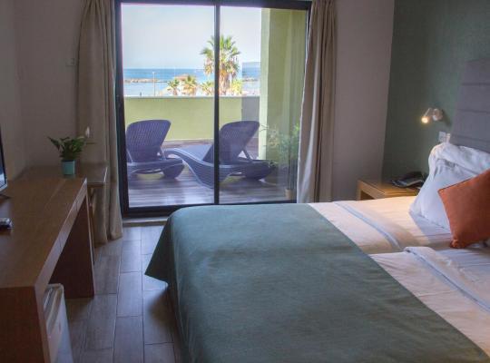 Otel fotoğrafları: Golden Beach Hotel