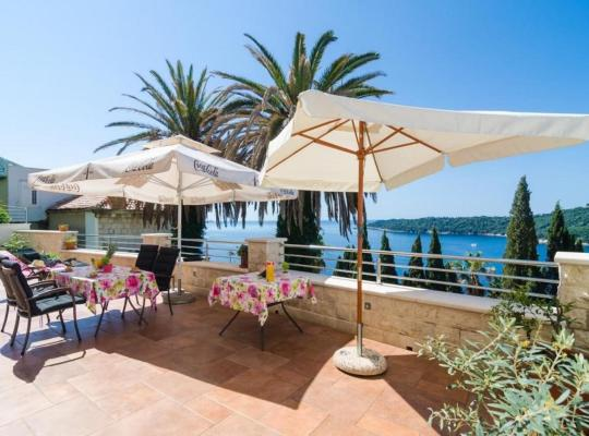 Hotel photos: apartments davor - two bedroom apartment with sea view and terrace