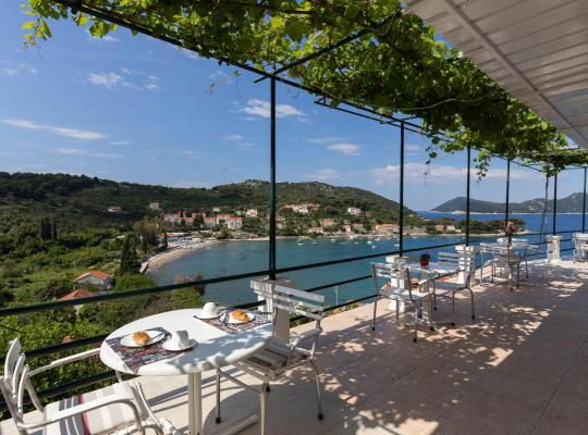 Hotel foto: apartments miskovic - studio apartment with balcony and sea view (east)